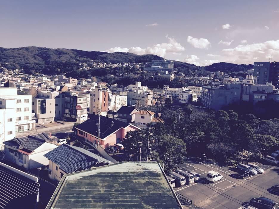 旅館のバルコニーから見える景色1