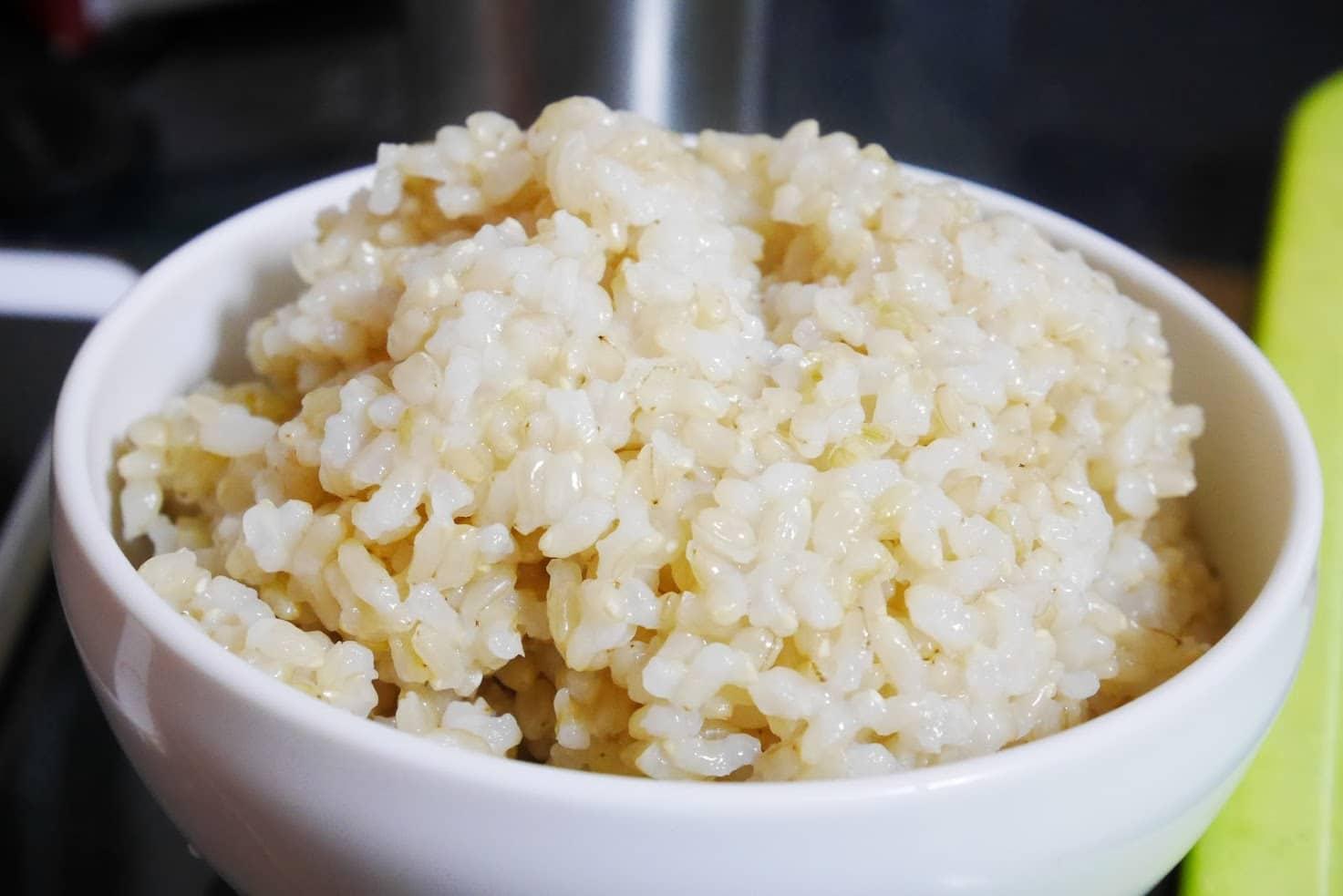 ちびくろちゃんで玄米を炊いてお茶碗によそってみた