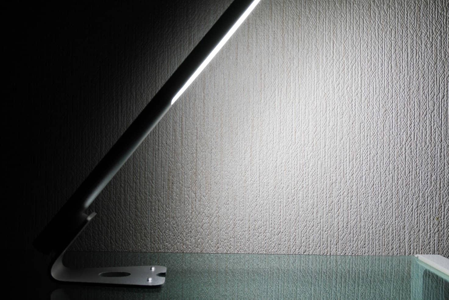 dodocool-ledデスクライト-明るさMAX