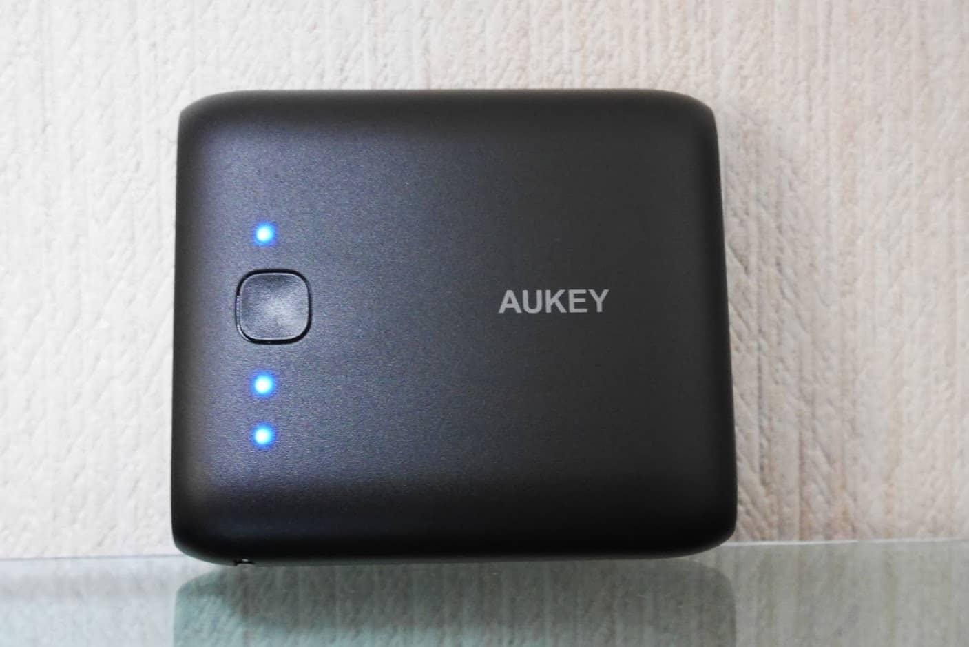 AUKEY-10,000mAh-モバイルバッテリー-PB-N42-本体